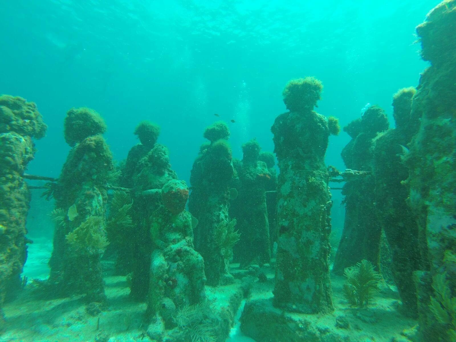 Buceo en el MUSA de Cancún