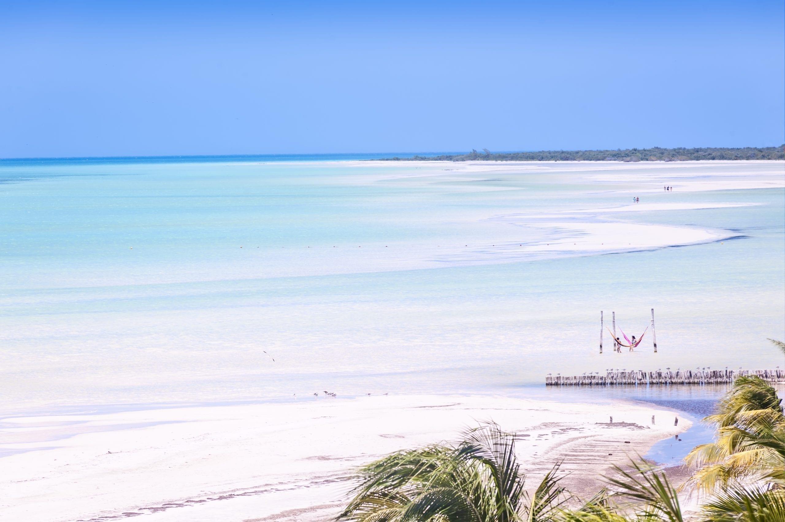 Visitar la Isla Holbox desde Cancún y Riviera Maya